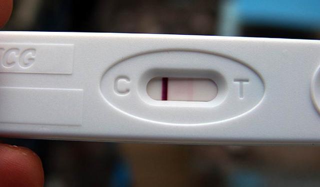 验孕棒用来测试怀孕与否的指标β-hcg